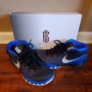 Kyrie 1 sneakers
